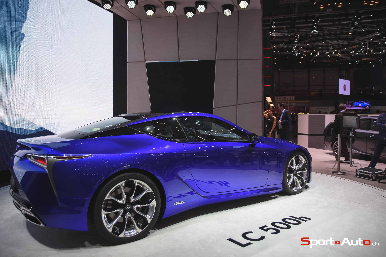 LexusLC500H-3