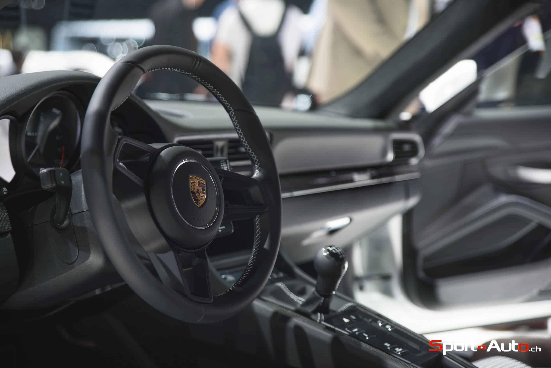 Porsche911R-3
