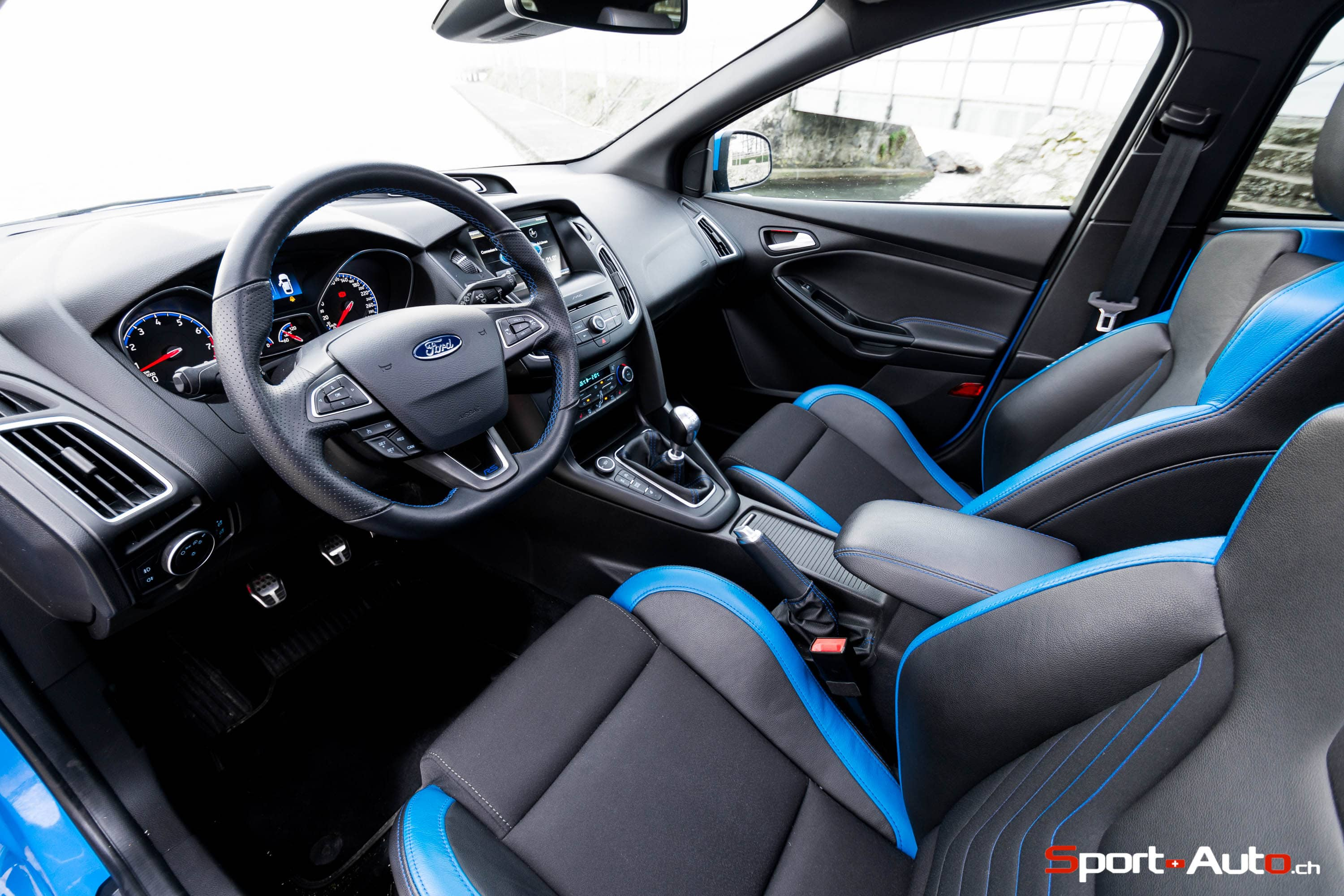essai ford focus rs sport. Black Bedroom Furniture Sets. Home Design Ideas