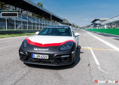 PorschePanameraTurboS-Hybrid-12