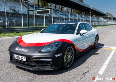 PorschePanameraTurboS-Hybrid-14