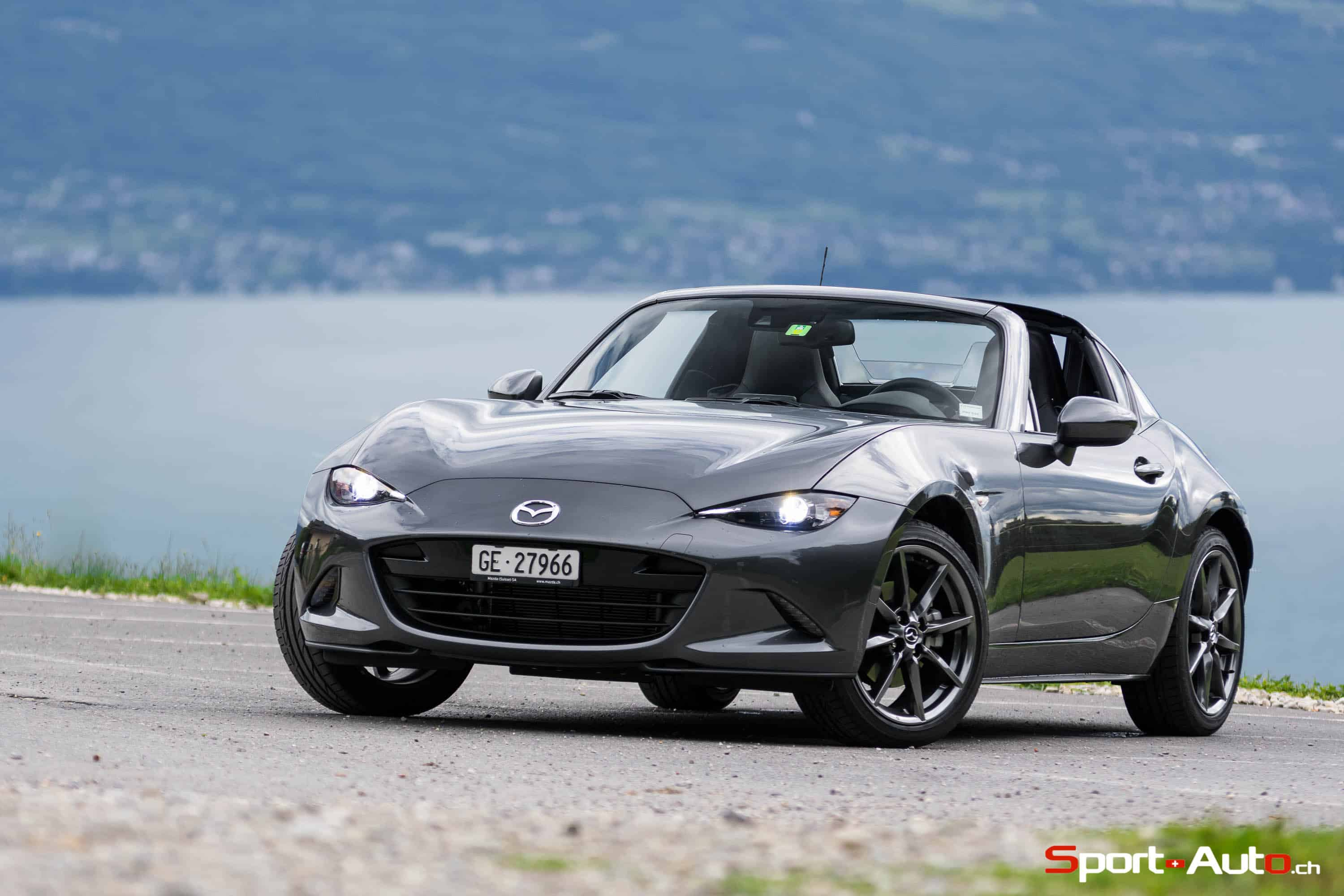 essai mazda mx 5 rf 2 0 160ch sport. Black Bedroom Furniture Sets. Home Design Ideas