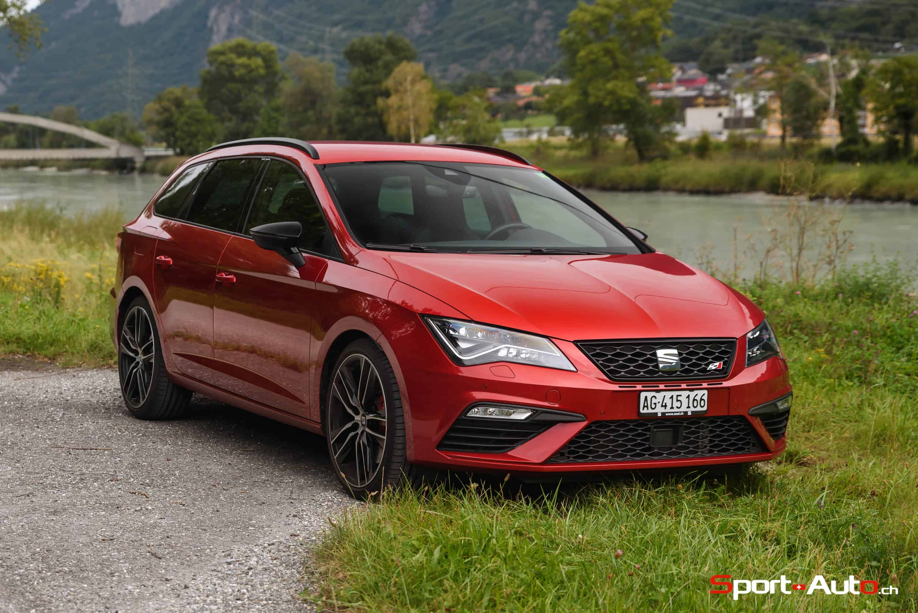 essai seat leon cupra st sport. Black Bedroom Furniture Sets. Home Design Ideas