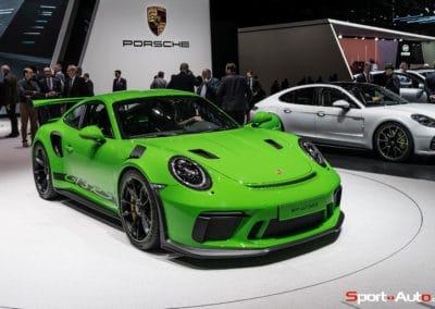 Porsche911-GT3RS-v2-1-11