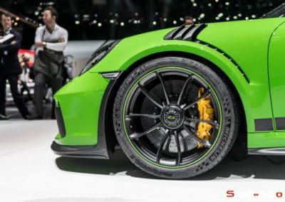 Porsche911-GT3RS-v2-1-13