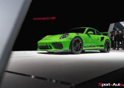 Porsche911-GT3RS-v2-1-4