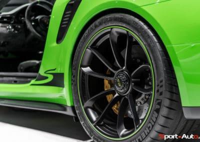 Porsche911-GT3RS-v2-1-9