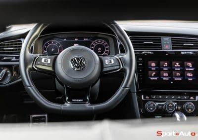 VW-GolfR-32