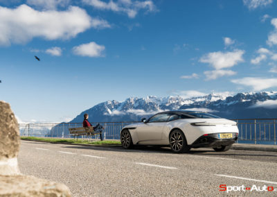 AstonMartinDB11V8-1-112