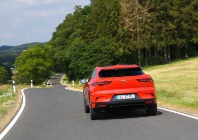 Jaguar-I-Pace-press-13
