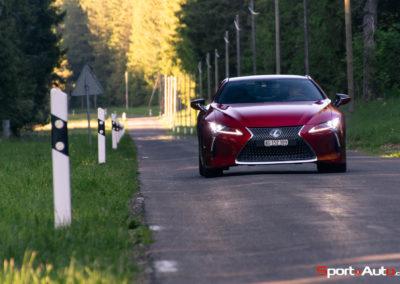 Lexus-LC500h-11