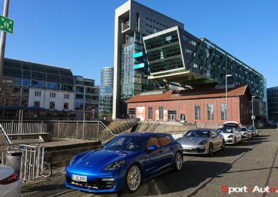 06-Les Porsche Panamera Turbo S eHybrid dans le port de Düsseldorf@Photo Laurent Missbauer_Porsche-70ans-Laurent
