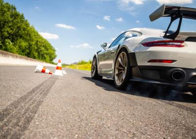 S18_2167_fine_Porsche-70ans-Laurent