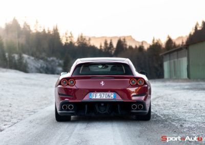 Ferrari-GTC-4-Lusso-T-18