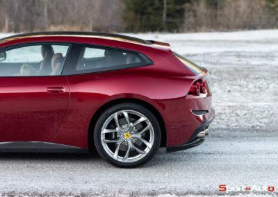 Ferrari-GTC-4-Lusso-T-26