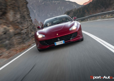 Ferrari-GTC-4-Lusso-T-98